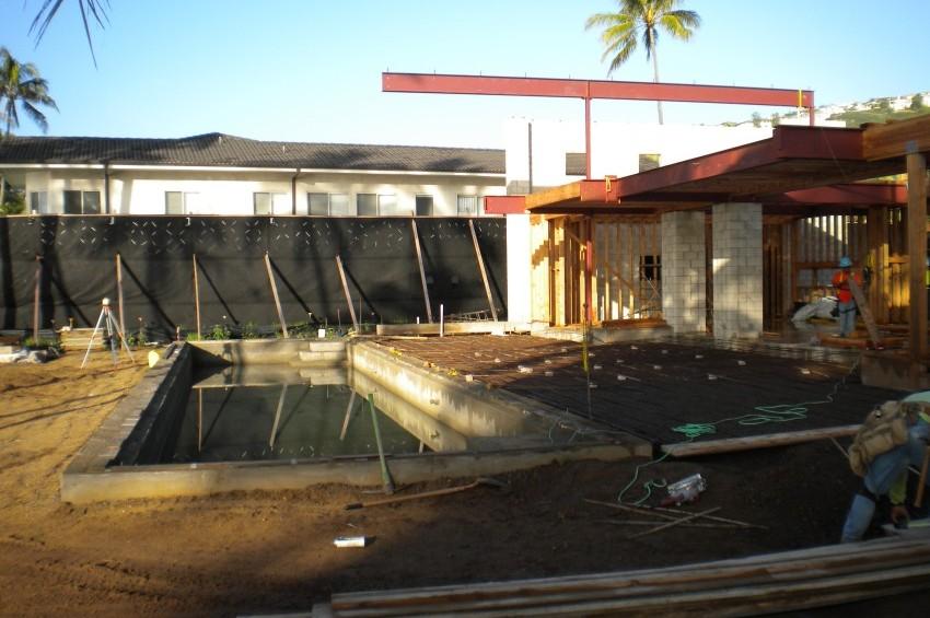 Outrigger House-Construction