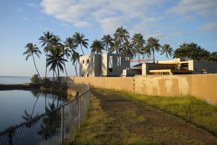 Outrigger House-Nui Stream Border, Flood Zone